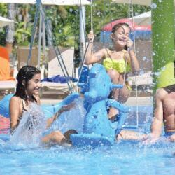 Fasouri Watermania Attractions Baby Bungee Swings